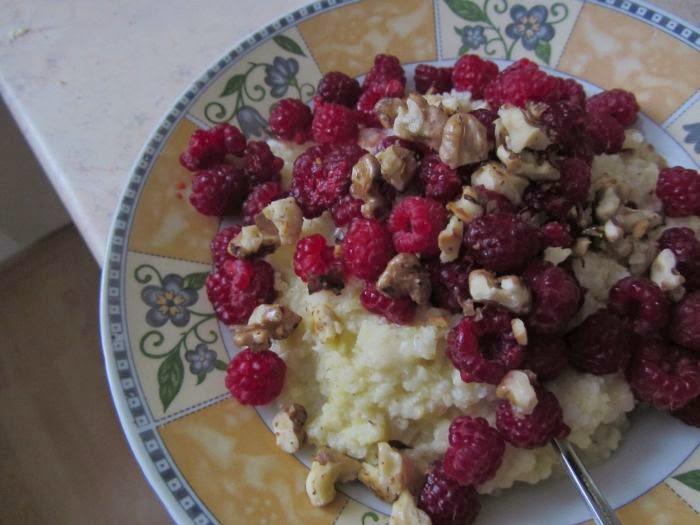 jaglanka z gruszkami, kasza jaglana z gruszkami, przepis na śniadanie, ciepłe śniadanie