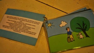 książeczka dla maluchów, jak zrobić książkę dla dzieci, laminowanie