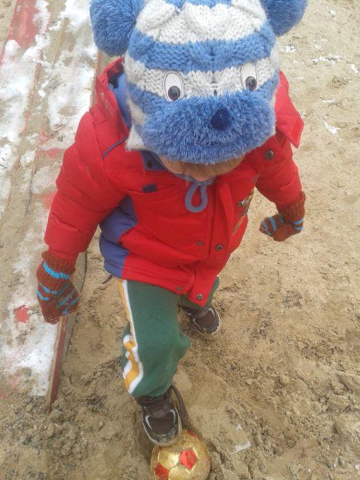 zimowa gra w piłkę