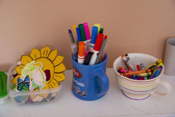 przybory szkolne dla dzieci, kącik pracy twórczej