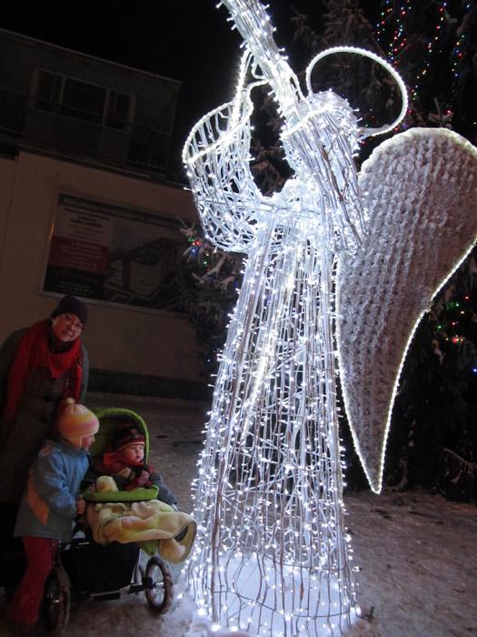 zabawy świąteczne z dziećmi