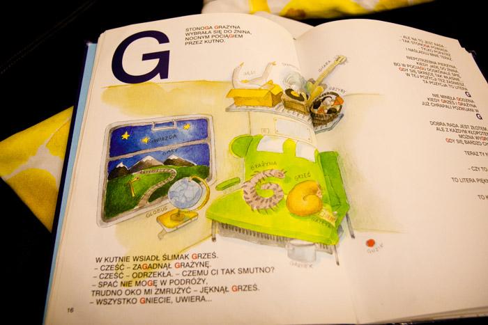 książki o literkach, nauka czytania, edukacja walorfska, montessori, alfabet dla najmłodszych
