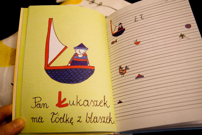 książki o literkach, nauka czytania, edukacja walorfska, montessori, alfabet dla najmłodszych, alfabecik dla dzieci