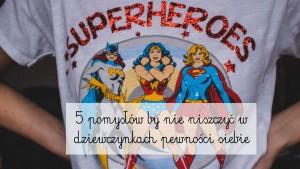 person-wearing-superheroes-printed-t-shirt-701771