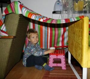 Bliskopad – namiot z kocy